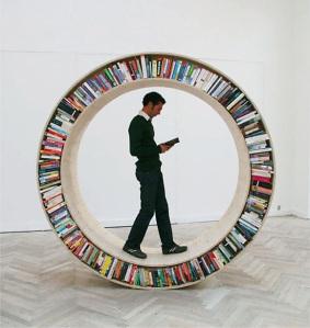Circular-Walking-Bookshelf